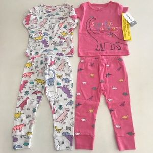 Carter's baby clothing set 4 pcs sizes 9m, 24m